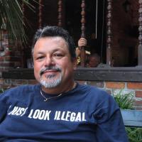 Carlos, 46